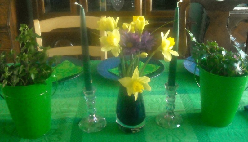st-patricks-day-2009-table-setting